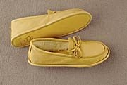 LADIES' SOFT SOLE DEERSKIN MOCCASIN
